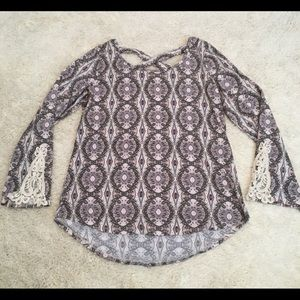 Maurice's top with lace
